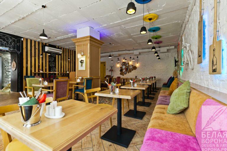 Помещение ресторана Франки Фэп, гостевой зал в коммерческом помещении
