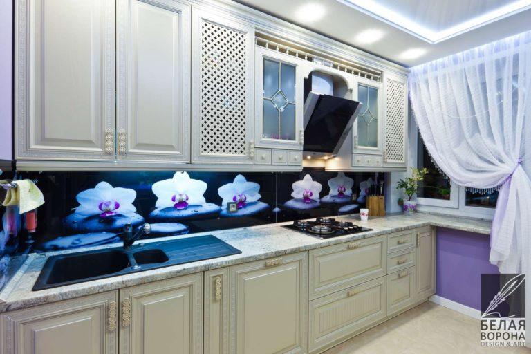 дизайн проект кухни в с применением ярких цветовых акцентов