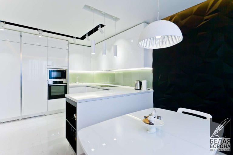 дизайн интерьер просторной квартиры в стиле хай-тек в с применением светло-зелёных элементов