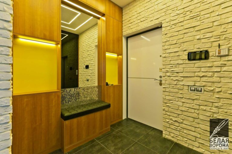 дизайн интерьер квартиры в применением резкого контраста