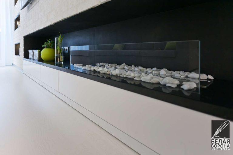 Дизайн-проект гостинной с применением в качестве декоративного элемента экокамина