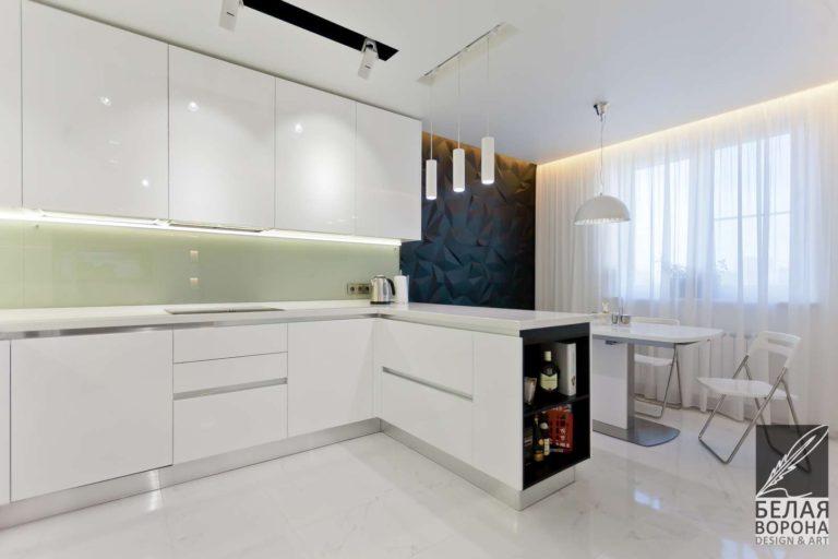 дизайн интерьер квартиры в стиле хай-тек в с применением золотистых элементов в подсветке