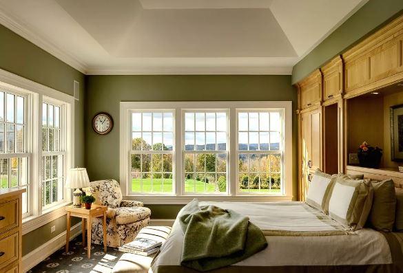 Интерьер гостиной. зелёные нейтральные оттенки