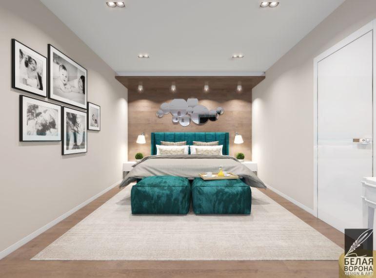 Современный интерьер спальни с применением ярких цветов